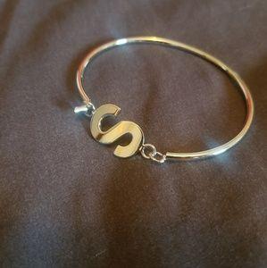 S Bangle Hook Bracelet